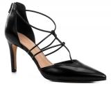 Só Hoje: Scarpins e Pep Toes com 40% de desconto na Shoestock