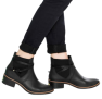 Só Hoje – Oferta UAU: Bota Chelsea Colcci Tiras Preta em oferta da loja Dafiti
